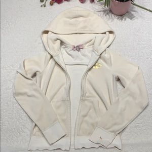 🔥🔥🔥2/$10 Juicy Couture Sweater size P🌸